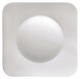 Krožnik plitki štirikotni 27 cm